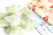 Chic Blooms Pin Cushion Close-Up
